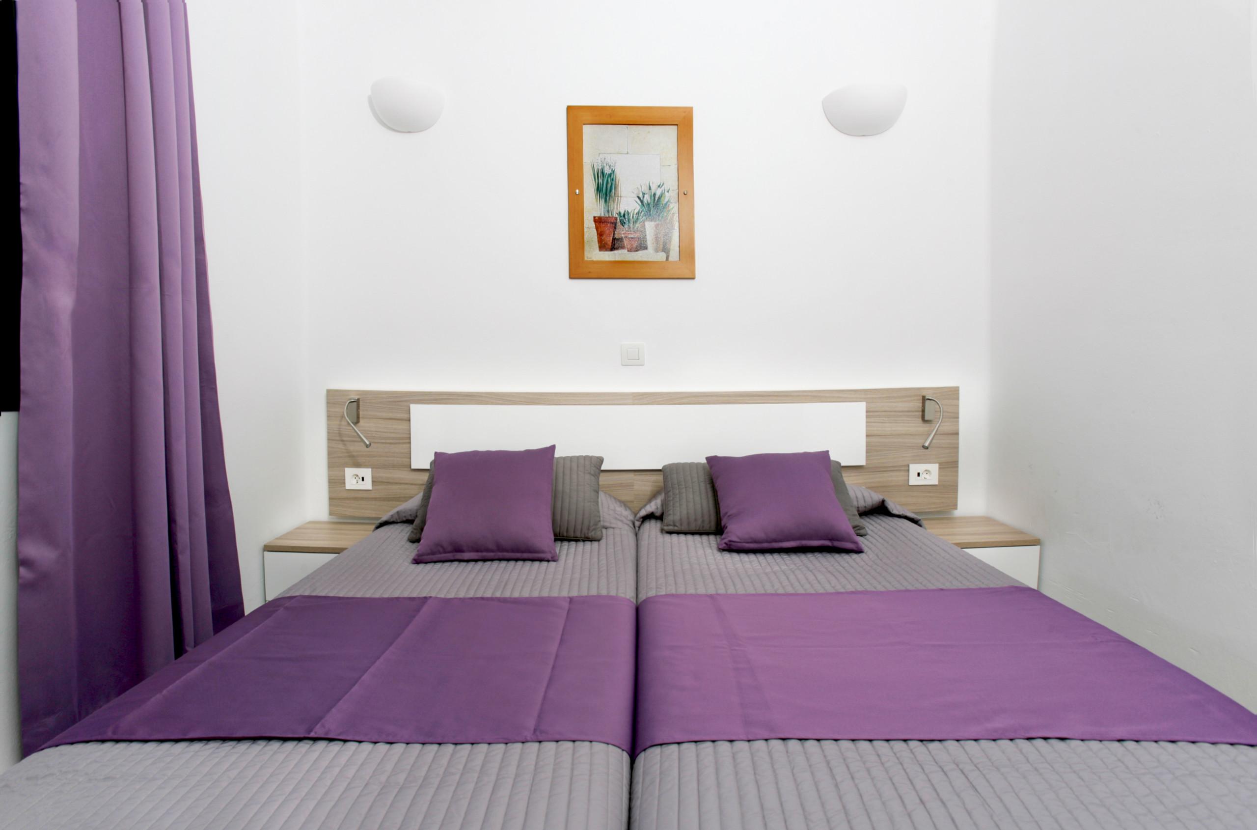 schlafzimmer set anna elektrische lattenroste m nchen bettw sche 3d 135x200 kleiderschr nke f r. Black Bedroom Furniture Sets. Home Design Ideas
