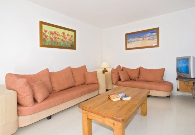Villa in Puerto del Carmen - Villa Saturn 4 bedroom villa