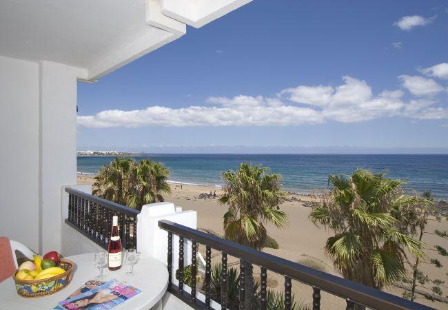 Appartement in Puerto del Carmen - Costa Luz beach front block 6 Two bedroom apts.