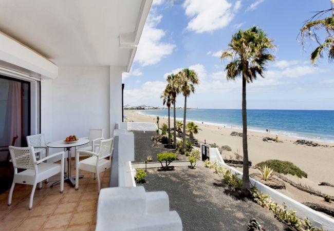 Apartamento en Puerto del Carmen - Costa Luz beach front block 6 Two bedroom apts.