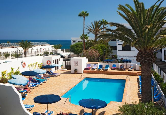 Appartement à Puerto del Carmen - Costa Luz beach front block 6 Two bedroom apts.