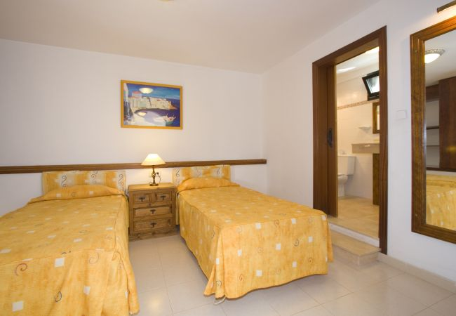 Villa a Puerto del Carmen - Villa Saturn 4 bedroom villa