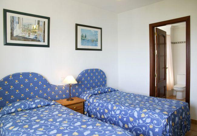 Appartamento a Puerto del Carmen - Costa Luz block 5 superior 2 bed 2 bath apts.