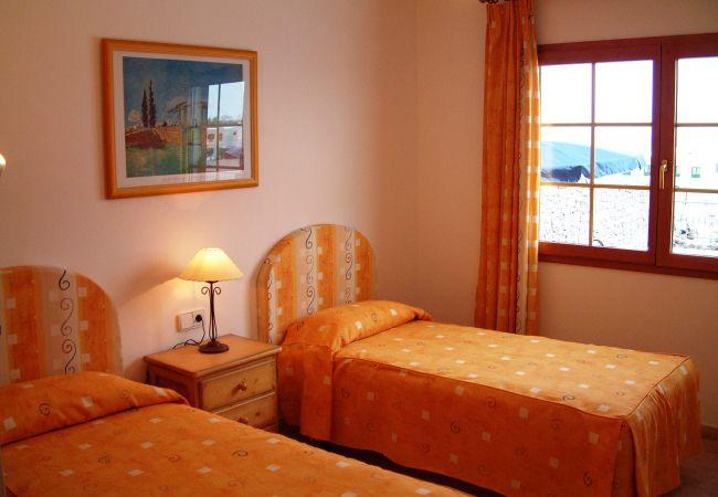 Villa em Puerto del Carmen - Villa Saturn 4 bedroom villa